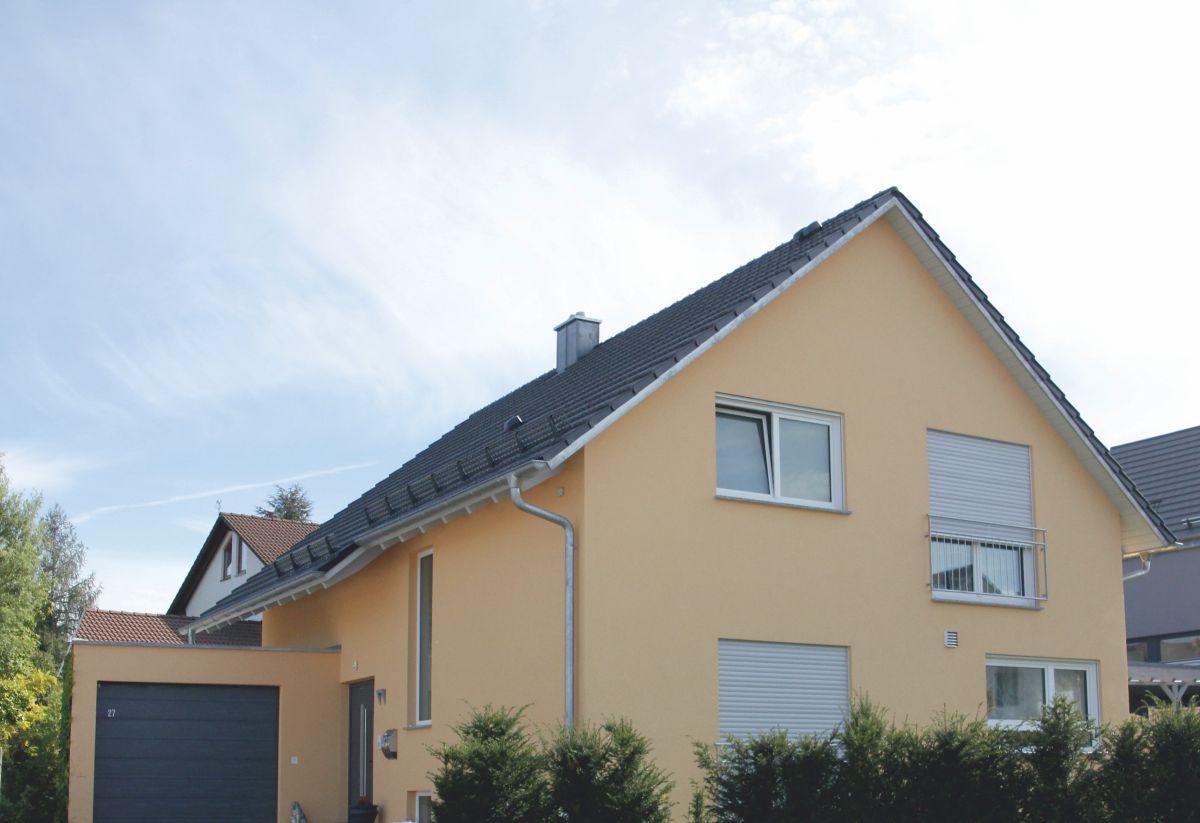 Einfamilienhaus universal mit satteldach m rth for Einfamilienhaus modern mit satteldach