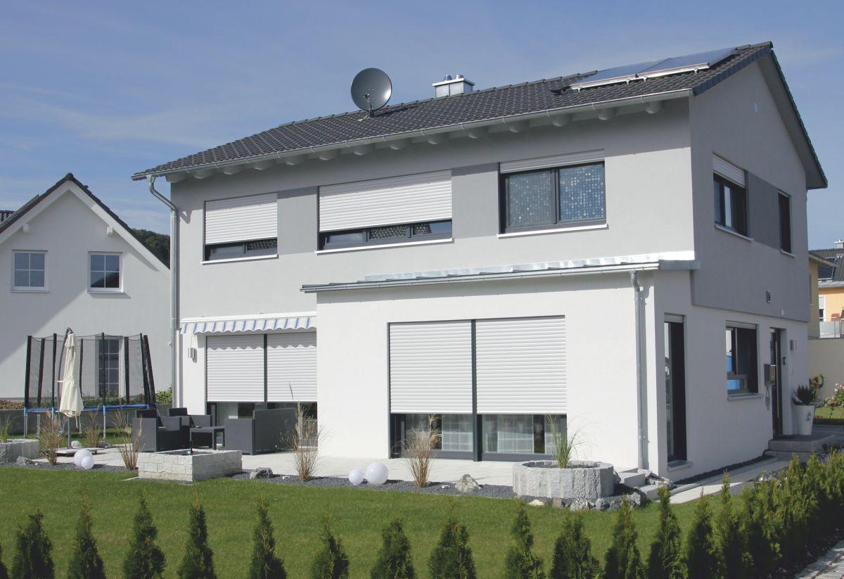 """Fabulous Einfamilienhaus """"MODERN"""" mit flachem Satteldach – Mörth & Stocker VF18"""